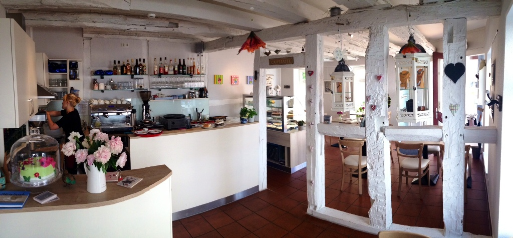 Blogeintrag: Café mit Ambiente und leckeren Köstlichkeiten.